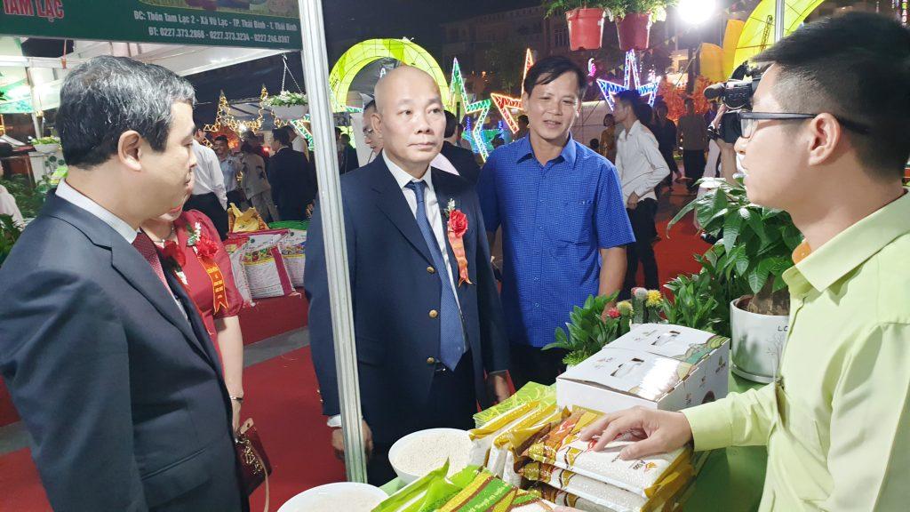 Gạo ThaiBinh Seed góp mặt tại Hội chợ Nông nghiệp Quốc tế Đồng bằng Bắc Bộ 2020 tin-tuc